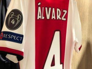 Edson Álvarez debuta como titular con Ajax en Champions League