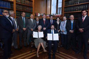 Olga Sánchez Cordero y el Gobernador de Chihuahua Javier Corral