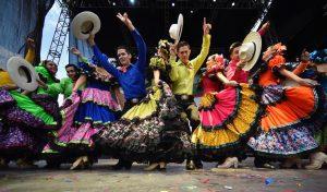 Con Festival Cultural se conmemoró la Independencia de México