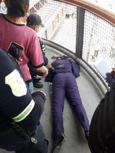 En el Metro Río de los Remedios balearon a una mujer